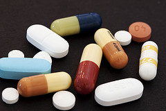 Pills by Flickr user GenBug, Creative Commons License